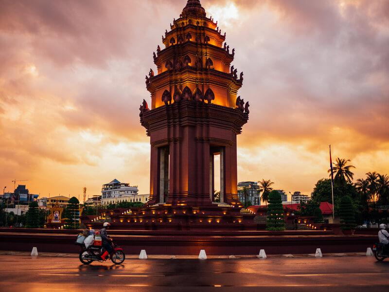 I Love Heart Phnom Penh Black Kids Sweatshirt
